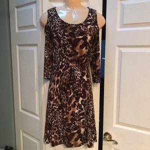 SUSAN GRAVER LEOPARD OPEN SHOULDER DRESS S/S